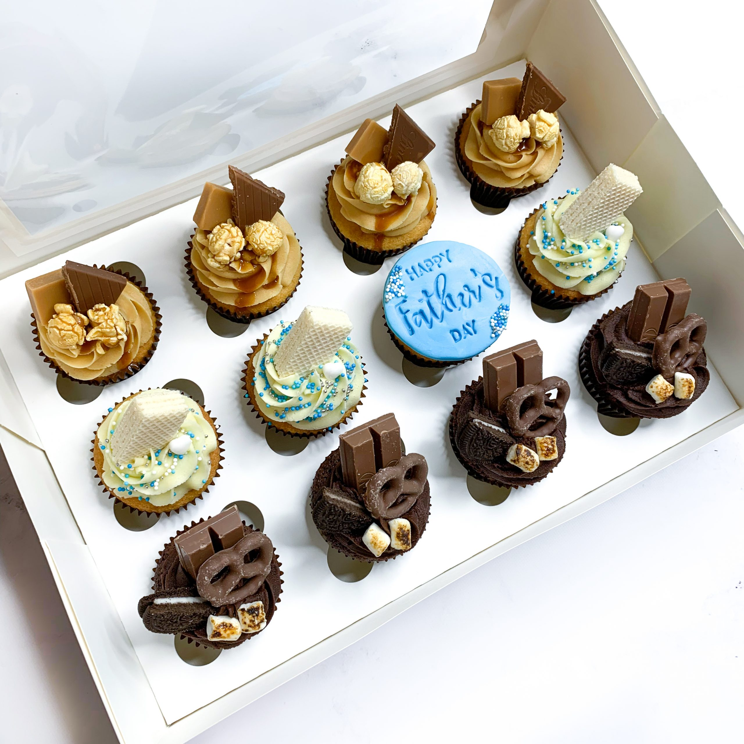 12 Father's Day Cupcakes